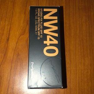 MAC NW 40 Studio Fix Foundation